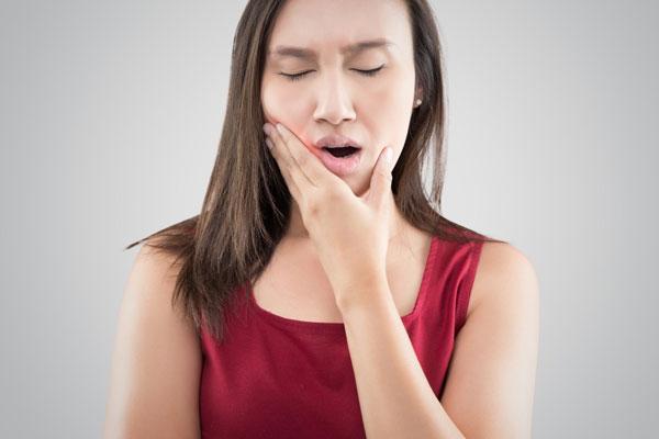 Mọc răng khôn rất dễ nhận biết qua một số dấu hiệu