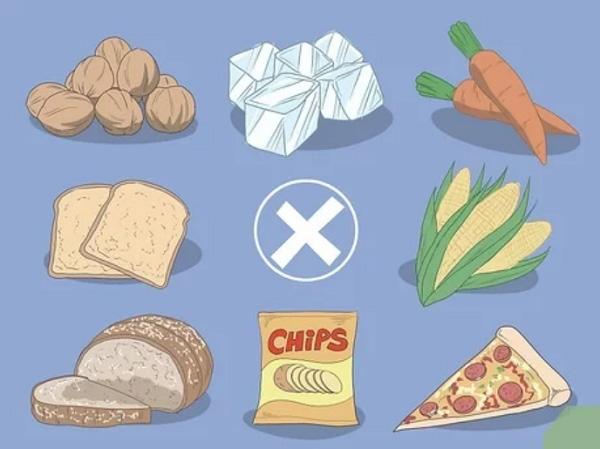 Các loại đồ ăn quá cứng và quá dai, khiến cho cơ hàm bạn phải vận động nhiều dễ động vào vết thương