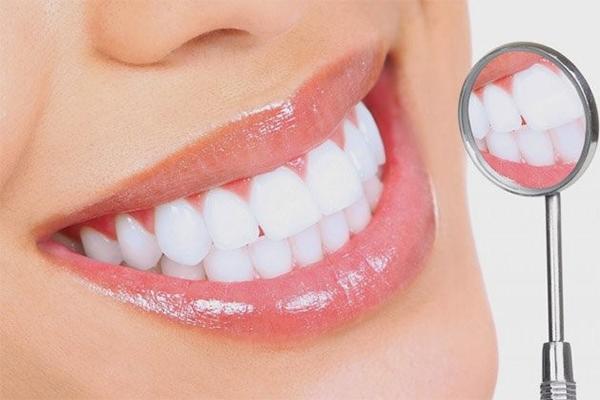 Làm răng sứ là một phương pháp thẩm mỹ chuyên sâu trong nha khoa.